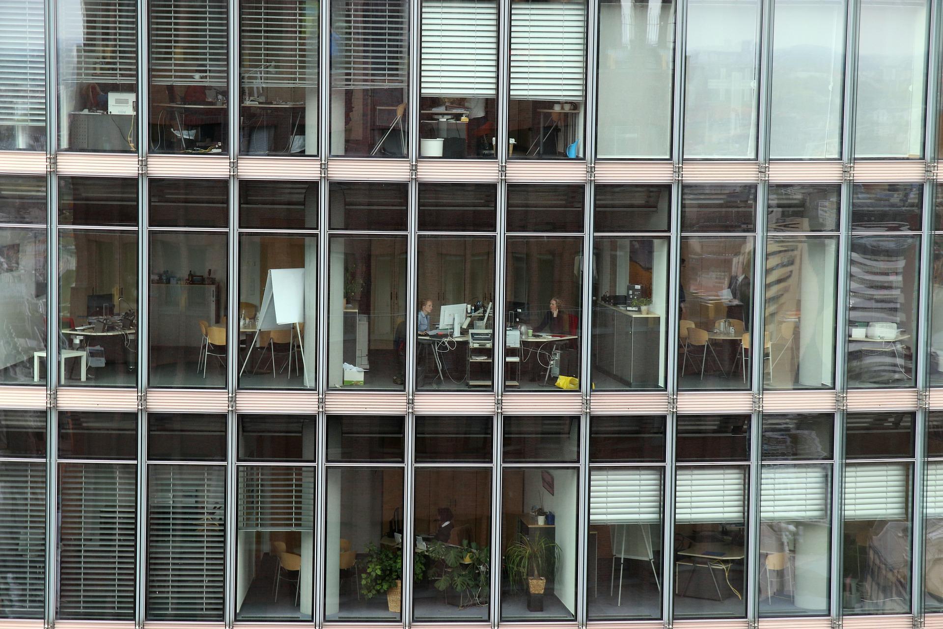 Kaip įrengti stilingą ir patogų biurą?