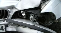 Naujos karantino taisyklės vairuotojams: kaip elgtis patekus į eismo įvykį