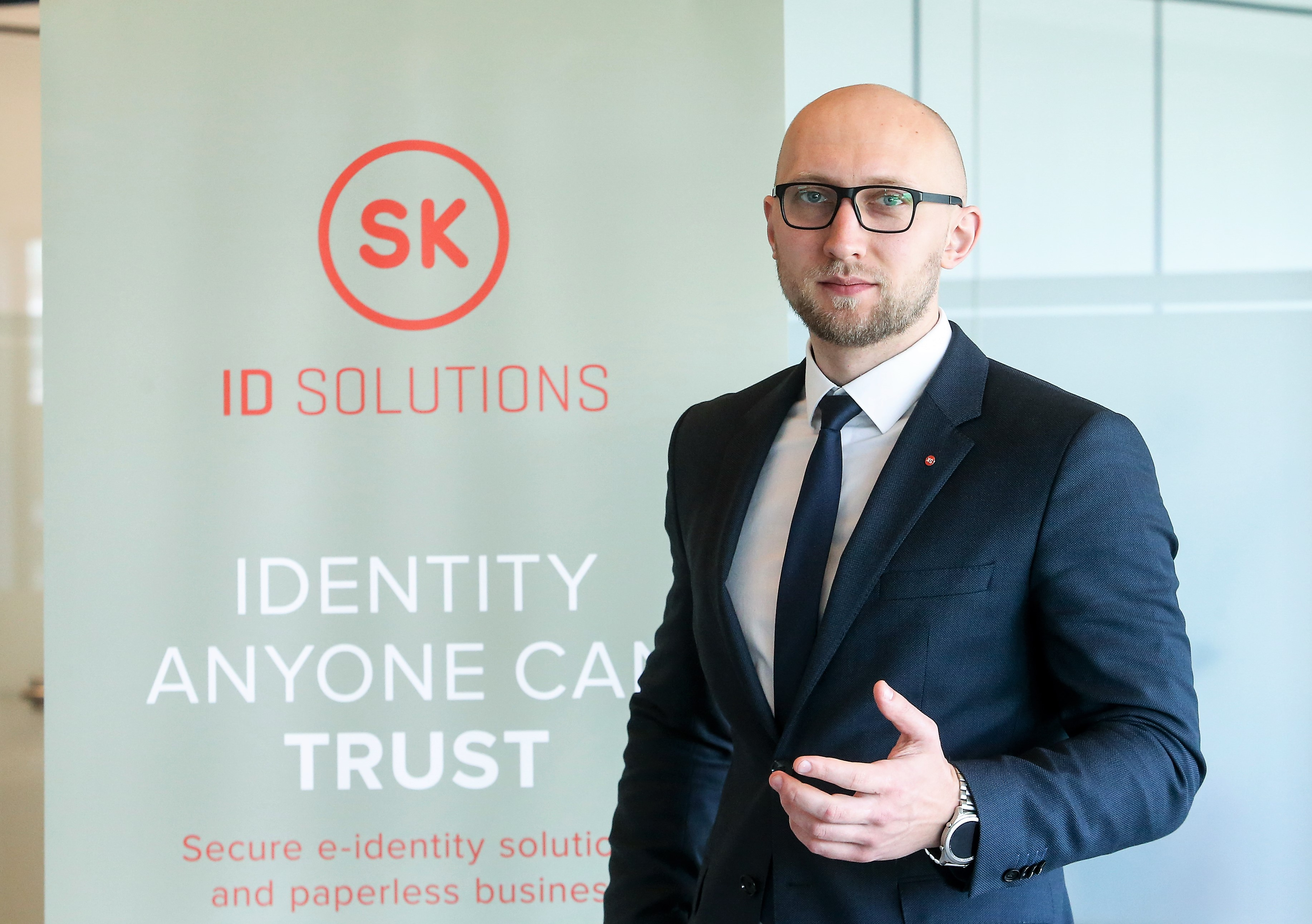 """""""Smart-ID"""" naudotojai raginami saugotis sukčių"""