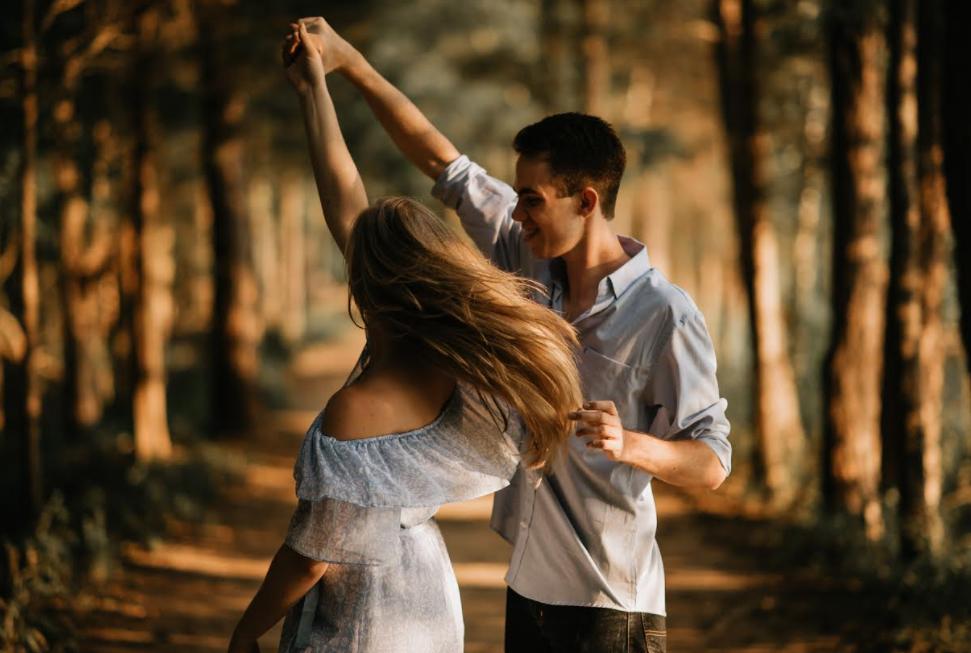 Minime Tarptautinę šokio dieną – renginiai ir smagios skaitmeninės šokių kovos