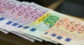 Tyrimas: lietuviai dažniau skolintųsi sveikatos, latviai – mokslo reikmėms
